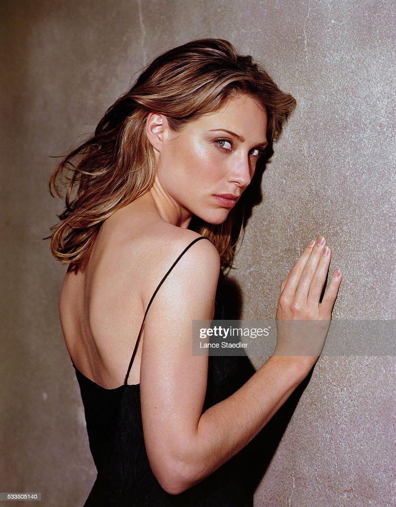 Claire Forlani, 2000 : News Photo