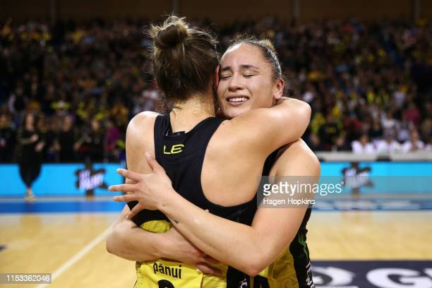 Claire Kersten and Whitney Souness of the Pulse celebrate during the ANZ Premiership Netball Final between the Pulse and the Stars at Te Rauparaha...