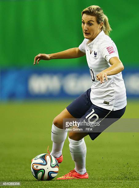Claire Lavogez of France controles the ball during the FIFA U20 Women's World Cup Canada 2014 3rd place match between Korea DPR and France at Olympic...
