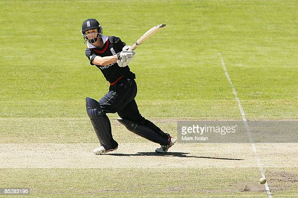 Claire Taylor of England plays a hook shot during the ICC Women's World Cup 2009 round one group stage match between England and Sri Lanka at Manuka...