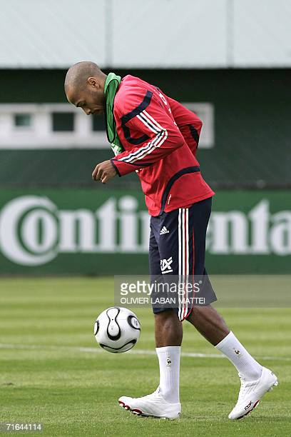 French forward Thierry Henry attends a training session 14 August 2006 in Clairfontaine ahead of the friendly match France vs Bosnia and Herzegovina...