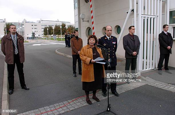 Palestinian delegate to Paris Leila Shahid speaks to journalists in front of the French military Percy hospital in Clamart, south of Paris, 31...