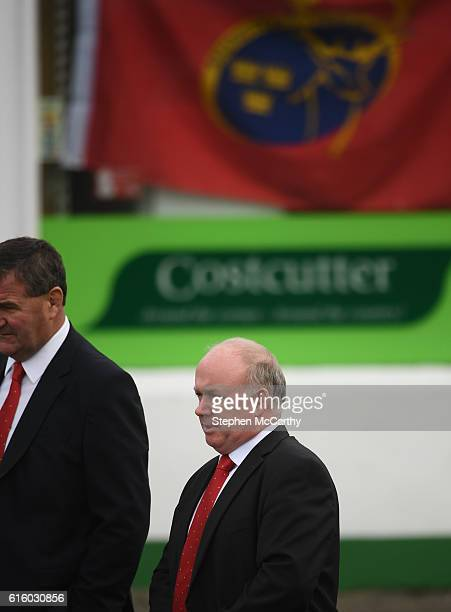 Clare Ireland 21 October 2016 Former Ireland head coach Declan Kidney arrives for the funeral of Munster Rugby head coach Anthony Foley at the St...