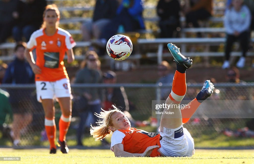 Clare Polkinghorne of the Roar in action during the round six W-League match between Canberra United and the Brisbane Roar at McKellar Park on December 3, 2017 in Canberra, Australia.
