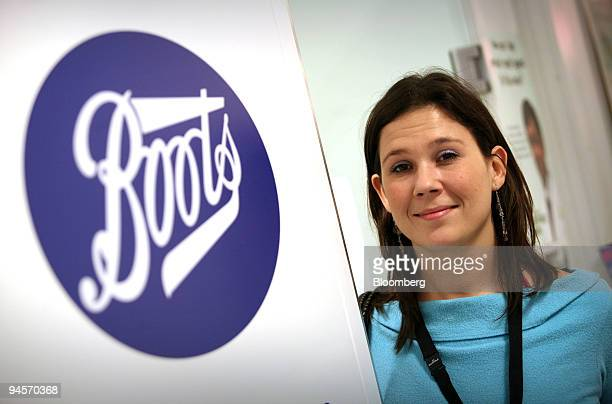 Clare Smith poses after receiving CSL Ltd's Enzira seasonal flu vaccine at a Boots pharmacy in Holborn London UK on Thursday Nov 8 2007 Seasonal flu...