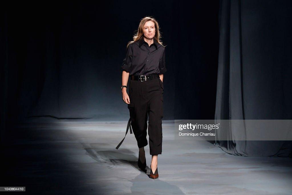 Givenchy : Runway - Paris Fashion Week Womenswear Spring/Summer 2019 : News Photo