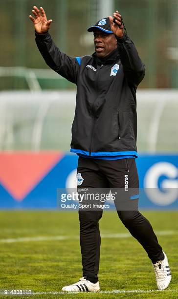 Clarence Seedorf the new manager of Deportivo de La Coruna gives his team instructions during his first training session at Abegondo Training Center...