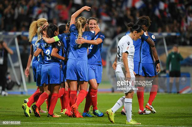 Clarisse Le Bihan of France celebrates her goal with France players during the UEFA Women's EURO 2017 qualification match between France and Albania...