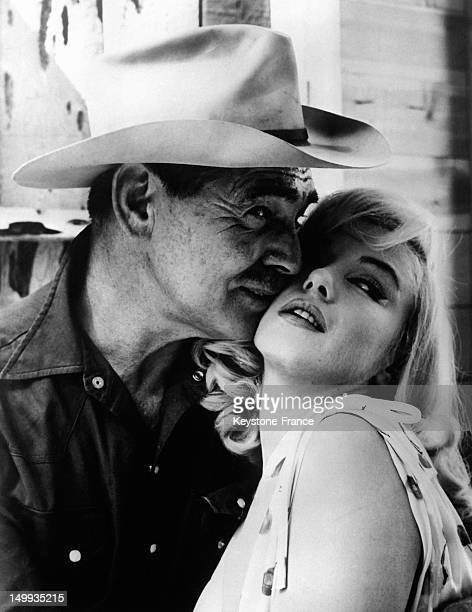 Clark Gable and Marilyn Monroe on the shoot of 'The Misfits' directed by John Huston in the Nevada Desert 1960