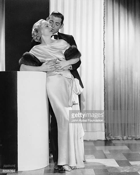 Clark Gable stars with his future wife Carole Lombard in 'No Man of Her Own' directed by Wesley Ruggles