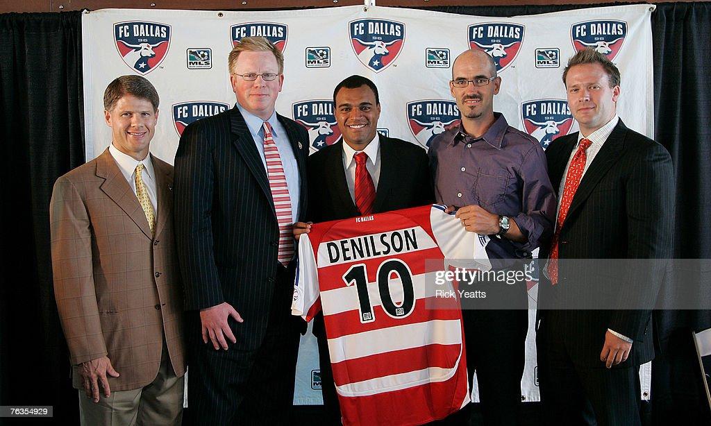 MLS - FC Dallas Sign Denilson - Press Conference - August 27, 2007 : News Photo