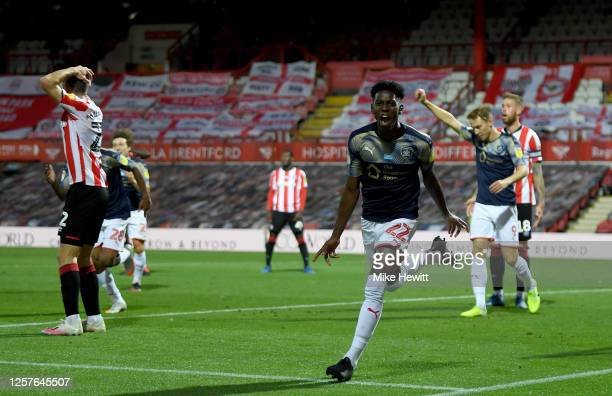 Clarke Oduor of Barnsley celebrates after he scores his team's 2nd goal during the Sky Bet Championship match between Brentford and Barnsley at...