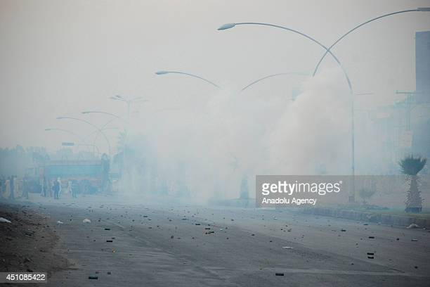 Clashes have broken out in Pakistan's capital Islamabad between police and political activists trying to march towards the city's airport to welcome...