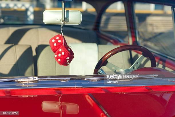 classic car series - dobbelsteen stockfoto's en -beelden