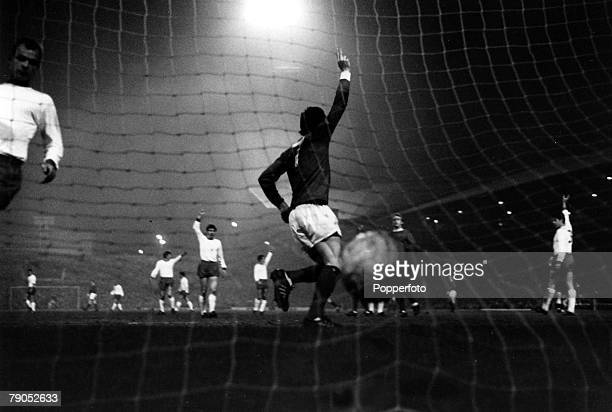 Classic Collection Page 82 European Cup Quarter final Manchester Unitedv Rapid Vienna 1st leg 26th February 1968 Viewed from the back of net...