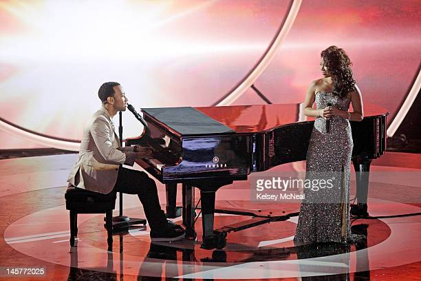 DUETS Classic Duets The music industry's biggest Superstars Kelly Clarkson John Legend Jennifer Nettles and Robin Thicke take the stage and perform...