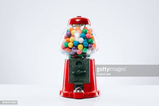 classic gumball machine - gumball machine stock pictures, royalty-free photos & images