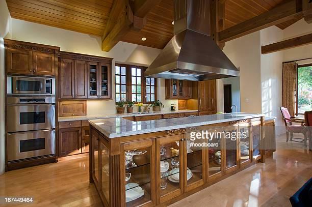 classic kitchen - afzuigapparaat stockfoto's en -beelden