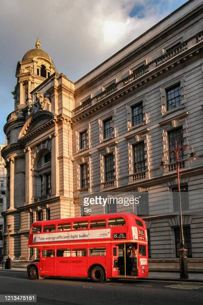 """classic london double decker bus in the city of westminster, london - """"sjoerd van der wal"""" or """"sjo"""" stock pictures, royalty-free photos & images"""