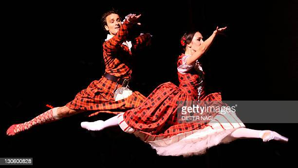Classic 'Sylphide' and a new star at Vienna Ballet Roman Lazik and Nina Poláková of the Vienna state ballet perform in the general rehearsal of the...