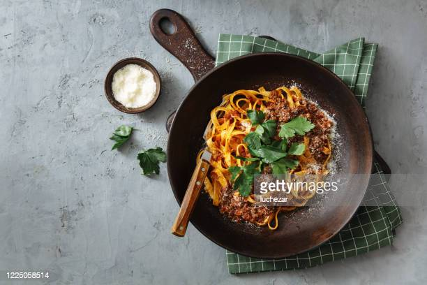classic tagliatelle with sauce bolognese - meat stock pictures, royalty-free photos & images