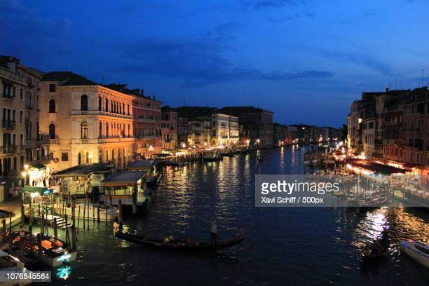 classic venetian night - schiff stock photos and pictures