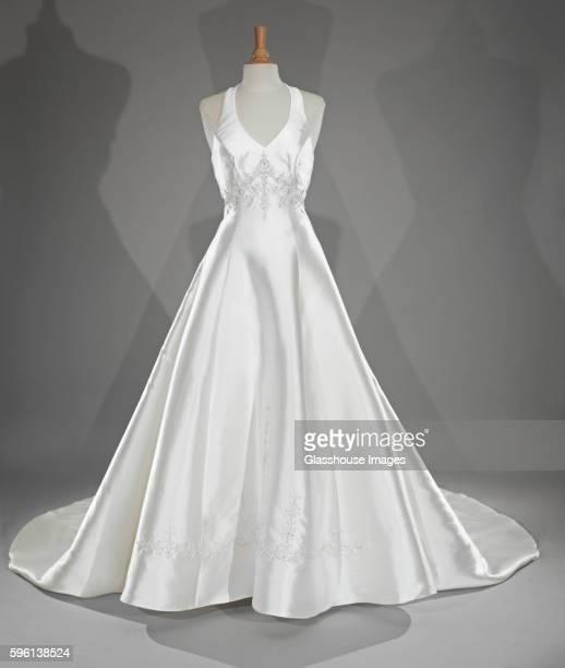 classic wedding dress - abito da sposa foto e immagini stock