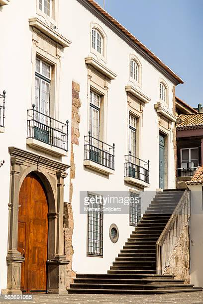 classical building with outside staircase - merten snijders stock pictures, royalty-free photos & images