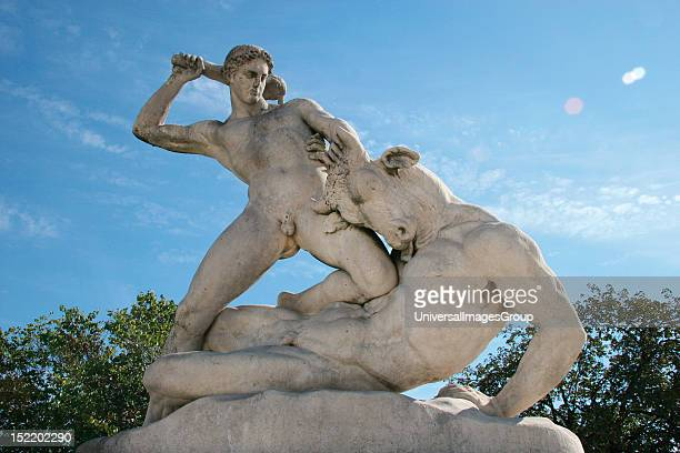 Classical Mythologi Theseus slaying Minotaur Statue 19th century AD The Garden of the Tulleria Paris France Europe