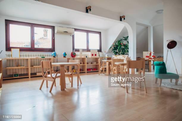aula di interior design dell'asilo - servizi per l'infanzia foto e immagini stock