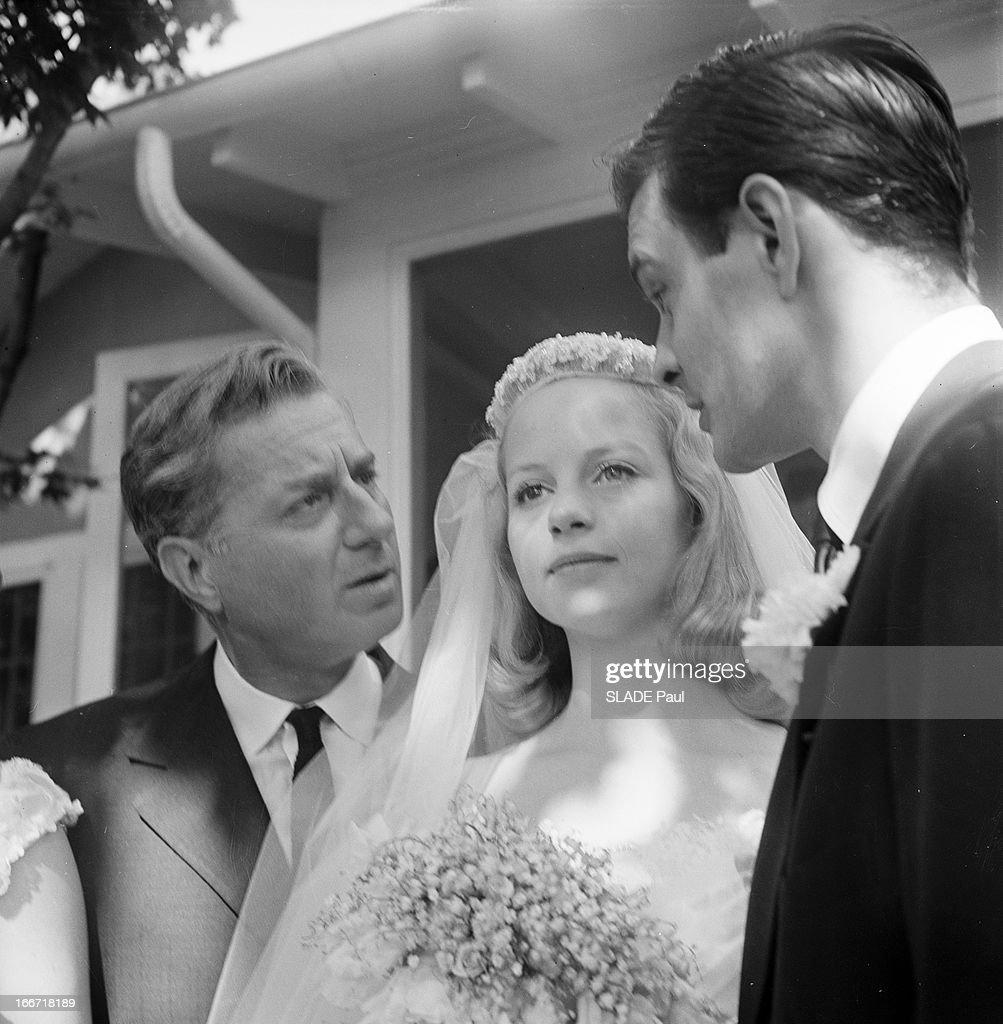 John Rhys-Davies (born 1944),Josephine Premice Hot pictures Caroline O'Connor (actress),Shermaine Santiago (b. 1980)