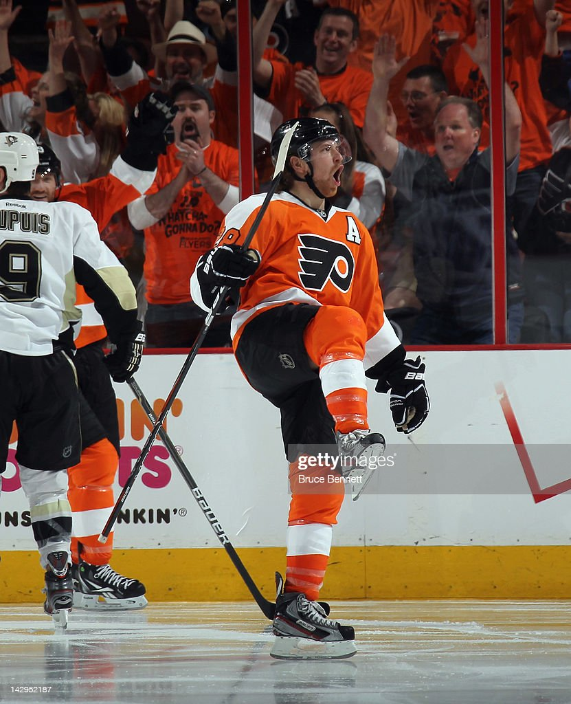 Pittsburgh Penguins v Philadelphia Flyers - Game Three
