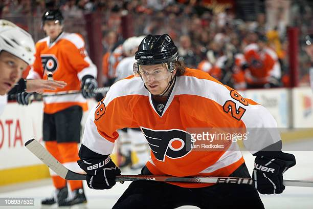 Claude Giroux of the Philadelphia Flyers readies to face off against Steve Ott of the Dallas Stars on February 5 2011 at the Wells Fargo Center in...