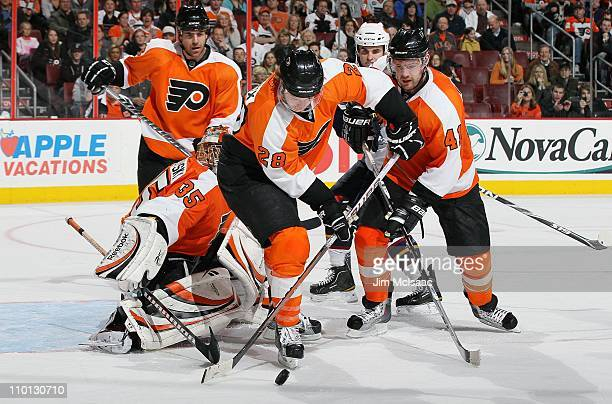 Claude Giroux of the Philadelphia Flyers skates against the Atlanta Thrashers on March 12 2011 at Wells Fargo Center in Philadelphia Pennsylvania