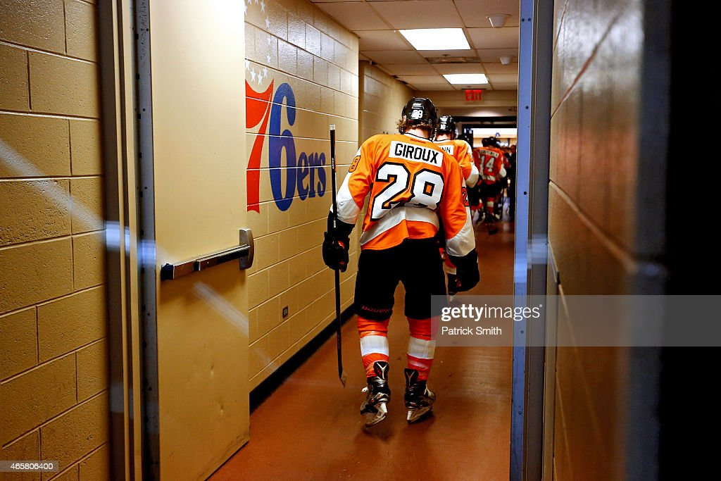 Claude Giroux #28 of the Philadelphia Flyers walks to the locker room after losing to the Dallas Stars at Wells Fargo Center on March 10, 2015 in Philadelphia, Pennsylvania. The Dallas Stars won, 2-1.