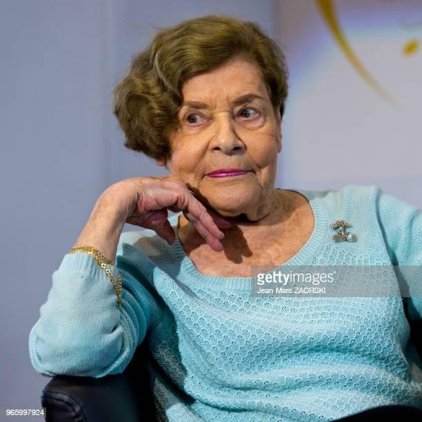 Claude Krul écrivain et traductrice suisse l'une des premières à traduire la littérature syrienne moderne en français lors du 31e salon du livre et...
