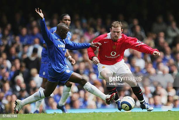 Claude Makelele of Chelsea challenges Wayne Rooney of Manchester United during the Barclays Premiership match between Chelsea and Manchester United...