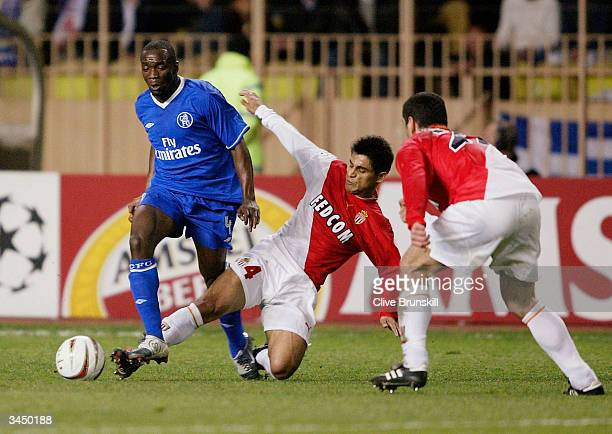 Claude Makelele of Chelsea is tackled by Hugo Ibarra of Monaco during the UEFA Champions League Semi Final first leg match between AS Monaco and...