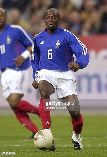 Laenderspiel 2002 Paris FRANKREICH SCHOTTLAND 50 Claude MAKELELE/FRA