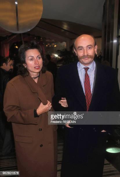Claude Malhuret et sa femme en novembre 1988 à Paris, France.