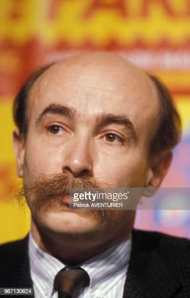Claude Malhuret lors d'une conférence le 28 mars 1987 à Paris, France.