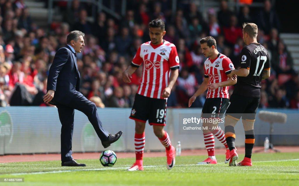 Southampton v Hull City - Premier League : News Photo