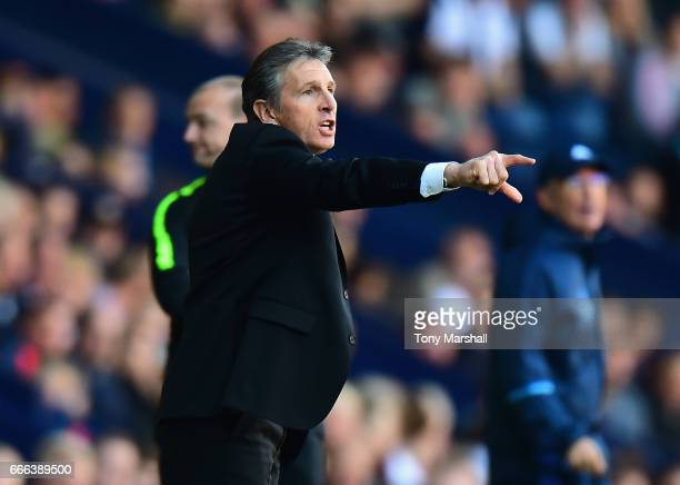 Claude Puel Manager of Southampton instructs his players during the Premier League match between West Bromwich Albion and Southampton at The...