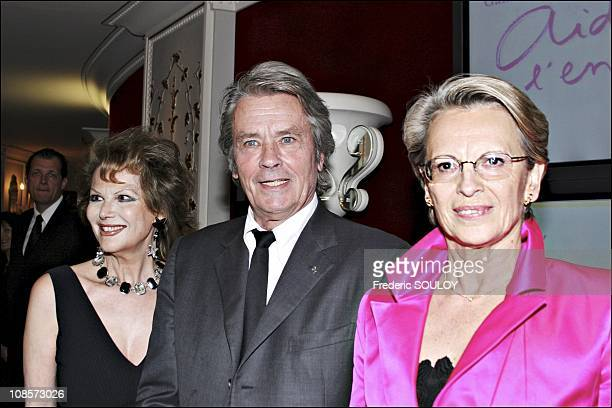 Claudia Cardinale Alain Delon Michele Alliot Marie in Paris France on May 30th 2005