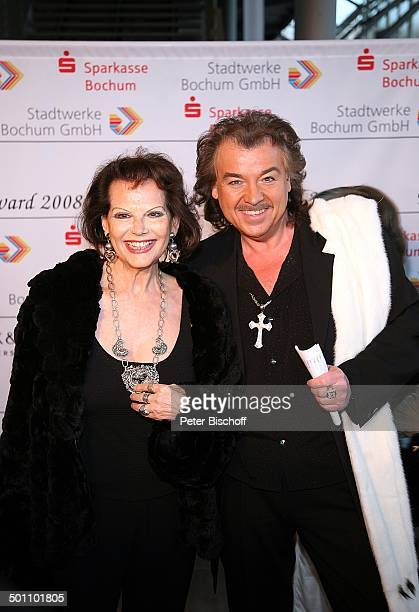 Claudia Cardinale Alfredo Pauly Gala Verleihung 'Steiger Award 2008' Bochum NordrheinWestfalen Deutschland Europa 'Jahrhunderthalle' Dekollete...