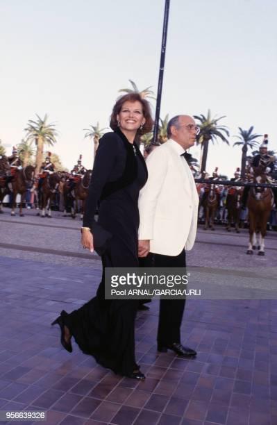 Claudia Cardinale et son mari Pasquale Squitieri lors du Festival de Cannes en mai 1987, France.