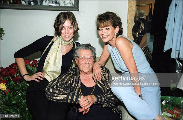 Claudia Cardinale for the first time on stage in 'The venetian' at the Theatre des Champs Elysees in Paris France on May 03 2000 With her mother...