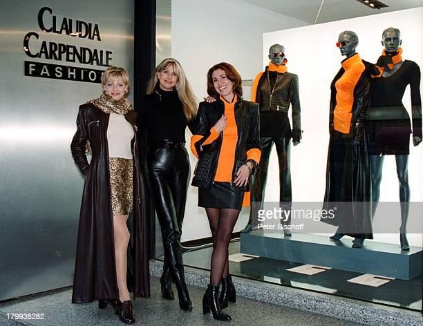Claudia Carpendale Claudia CarpendaleFashion ModeKollektion Premiere KölnModels Modelle Gruppe SchaufensterBoutique Mode