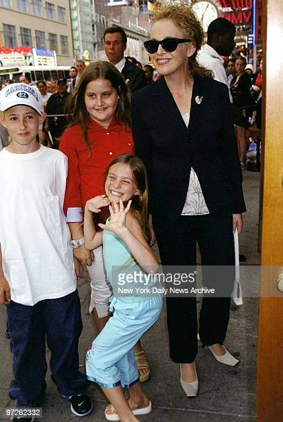 Claudia Cohen takes her daughter Samantha Perelman and Ellen Barkin's children Jack and Romy Byrne to the screening of Rocky and Bullwinkle at the...