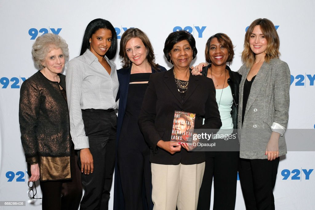 Claudia Dreifus, Renee Elise Goldsberry, Rebecca Skloot, Shirley Lacks, Jeri Lacks, and Rose Byrne visit the 92nd Street Y to discuss 'The Immortal Life of Henrietta Lacks' on April 13, 2017 in New York City.